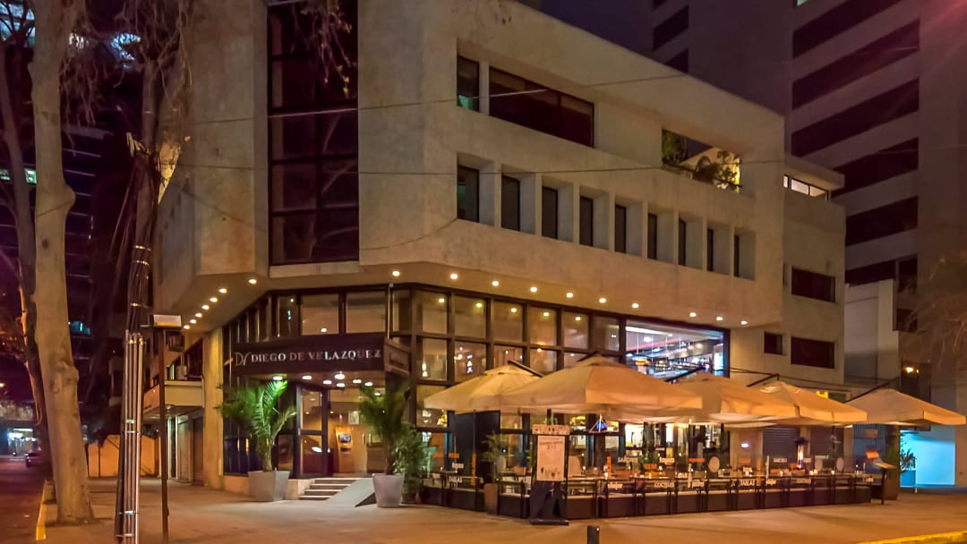 Hotel Diego de Velasquez, a utilitarian stay in Santiago