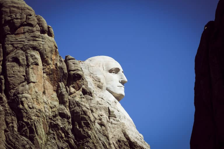 Minneapolis to Mount Rushmore Summer Road Trip: 17 Things to see on the way