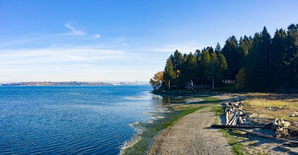 Bainbridge Island, Beach view of Seattle, Washington