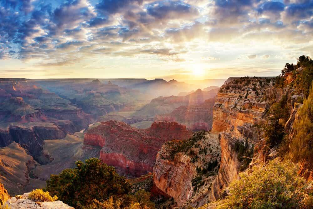 Sunrise in Grand Canyon National park, Arizona