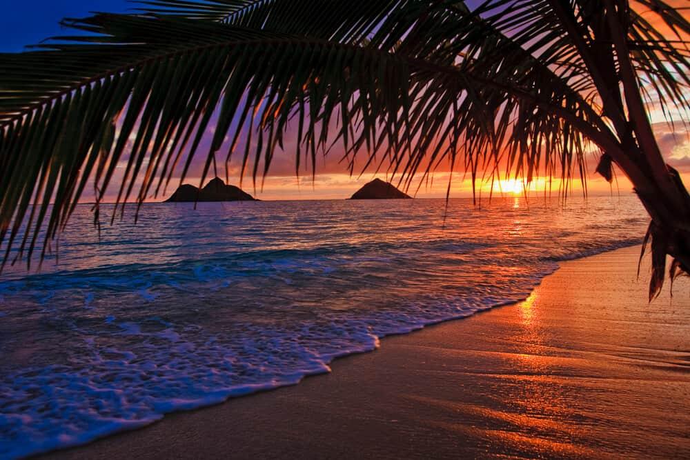 Sunset in Lanikai Beach in Oahu, Hawaii