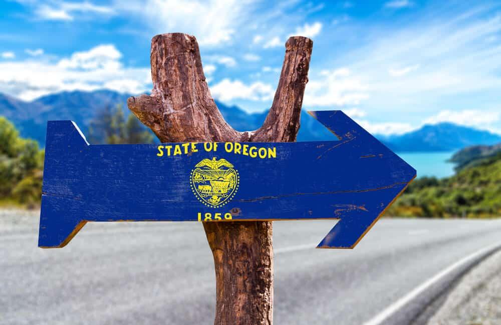 Oregon Flag wooden sign